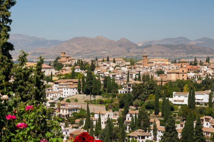 Dobla de Oro : La Alhambra y El Albaicín en grupo selecto con guía oficial